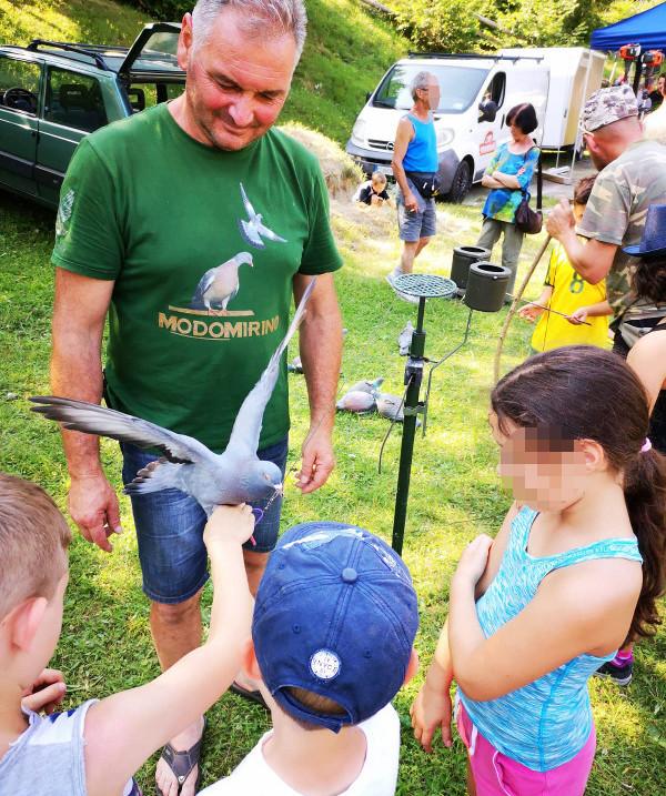 3 Festa del Cacciatore e della Montagna a Valli del Pasubio Ragazzi colombacci
